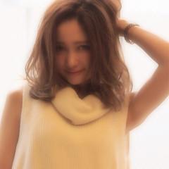 外国人風 ゆるふわ グラデーションカラー バレイヤージュ ヘアスタイルや髪型の写真・画像
