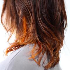 ナチュラル セミロング オレンジカラー オレンジ ヘアスタイルや髪型の写真・画像