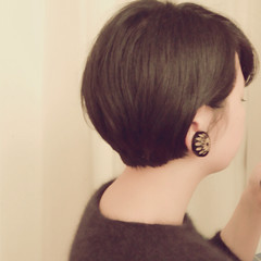黒髪 くせ毛風 艶髪 ナチュラル ヘアスタイルや髪型の写真・画像