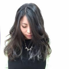 外国人風 モード ロング アッシュ ヘアスタイルや髪型の写真・画像