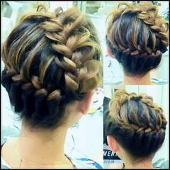 編み込み ヘアアレンジ 大人女子 フェミニン ヘアスタイルや髪型の写真・画像