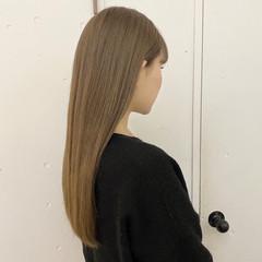 ナチュラル ロングヘアスタイル ロング ミルクティーベージュ ヘアスタイルや髪型の写真・画像