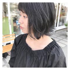 グレージュ ストリート ボブ アンニュイ ヘアスタイルや髪型の写真・画像