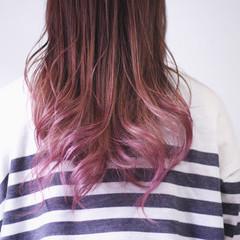 ナチュラル グラデーション ラベンダーピンク セミロング ヘアスタイルや髪型の写真・画像