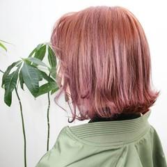ブリーチカラー フェミニン ツヤ髪 ショート ヘアスタイルや髪型の写真・画像