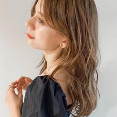 アッシュグレージュ パーマ セミロング ゆるふわパーマ ヘアスタイルや髪型の写真・画像