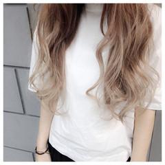 アッシュ ミルクティー ホワイトアッシュ ストリート ヘアスタイルや髪型の写真・画像
