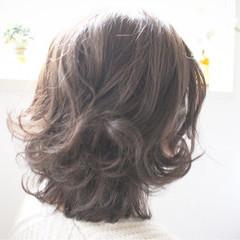 ミディアム 大人女子 色気 アッシュ ヘアスタイルや髪型の写真・画像