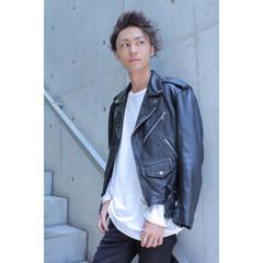 ストリート メンズ 黒髪 アッシュ ヘアスタイルや髪型の写真・画像