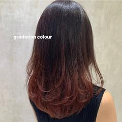インナーカラー ピンクブラウン グラデーションカラー ベリーピンク ヘアスタイルや髪型の写真・画像