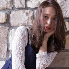秋 大人かわいい 透明感 ゆるふわ ヘアスタイルや髪型の写真・画像
