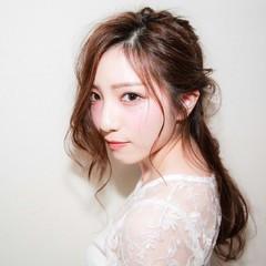 大人かわいい 外国人風 ハーフアップ ナチュラル ヘアスタイルや髪型の写真・画像