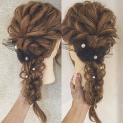 フェミニン ヘアアレンジ パールアクセ ロング ヘアスタイルや髪型の写真・画像