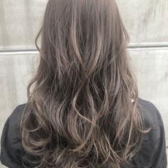 フェミニン セミロング 前髪あり ブリーチなし ヘアスタイルや髪型の写真・画像