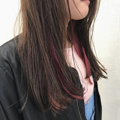 インナーカラー ピンクアッシュ ブリーチ ピンク ヘアスタイルや髪型の写真・画像