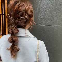 簡単ヘアアレンジ エレガント デート ロング ヘアスタイルや髪型の写真・画像