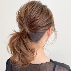 簡単スタイリング ミディアム ポニーテール 大人かわいい ヘアスタイルや髪型の写真・画像