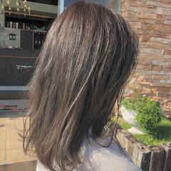 フェミニン ナチュラル ミディアム ガーリー ヘアスタイルや髪型の写真・画像