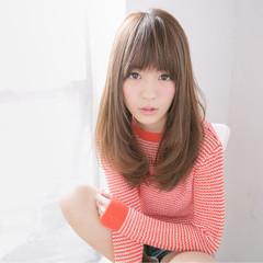 外国人風 セミロング 大人かわいい パンク ヘアスタイルや髪型の写真・画像