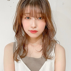 レイヤーカット 韓国ヘア デジタルパーマ ミディアム ヘアスタイルや髪型の写真・画像