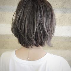 ナチュラル グラデーションカラー ボブ グレージュ ヘアスタイルや髪型の写真・画像