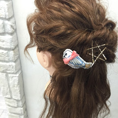 ヘアアレンジ 波ウェーブ くせ毛風 ロング ヘアスタイルや髪型の写真・画像