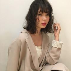 デジタルパーマ パーマ ミディアム フェミニン ヘアスタイルや髪型の写真・画像