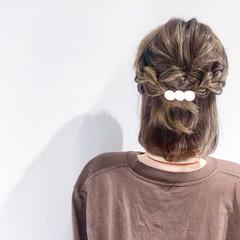 オフィス アウトドア 簡単ヘアアレンジ ボブ ヘアスタイルや髪型の写真・画像