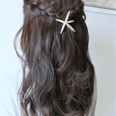 三つ編み 波ウェーブ かわいい ヘアアレンジ ヘアスタイルや髪型の写真・画像