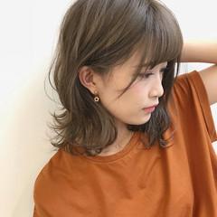 オフィス ヘアアレンジ フェミニン ミディアム ヘアスタイルや髪型の写真・画像