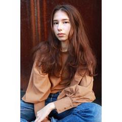 ブラウン ウェーブ ルーズ ロング ヘアスタイルや髪型の写真・画像