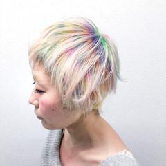 ブリーチ ホワイトブリーチ ショート モード ヘアスタイルや髪型の写真・画像
