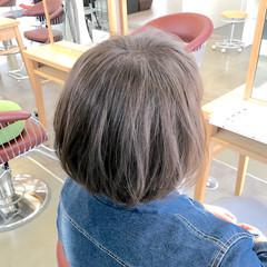 ナチュラル ボブ リラックス アッシュ ヘアスタイルや髪型の写真・画像