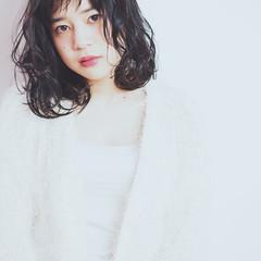 簡単 オン眉 外国人風 パーマ ヘアスタイルや髪型の写真・画像