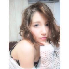 ゆるふわ 暗髪 フェミニン 外国人風 ヘアスタイルや髪型の写真・画像