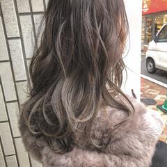 ブラウンベージュ ブラウン セミロング ハイライト ヘアスタイルや髪型の写真・画像