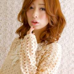 モテ髪 逆三角形 大人かわいい セミロング ヘアスタイルや髪型の写真・画像