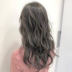 エレガント コントラストハイライト ロング ハイライト ヘアスタイルや髪型の写真・画像
