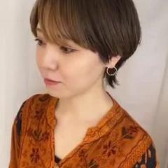 モード ワイドバング ショート インナーカラー ヘアスタイルや髪型の写真・画像
