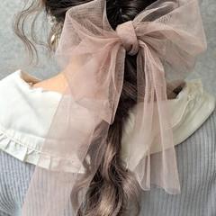 ピンク 編み込み 結婚式 三つ編み ヘアスタイルや髪型の写真・画像