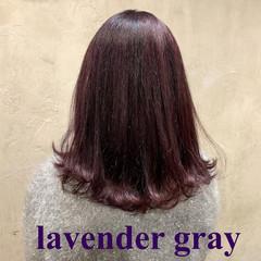 ラベンダーアッシュ ナチュラル セミロング カシスレッド ヘアスタイルや髪型の写真・画像