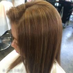 簡単ヘアアレンジ ロング アッシュベージュ 渋谷系 ヘアスタイルや髪型の写真・画像