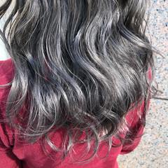 モード アッシュ セミロング グラデーションカラー ヘアスタイルや髪型の写真・画像