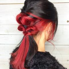 インナーカラー レッドカラー ガーリー ヘアアレンジ ヘアスタイルや髪型の写真・画像