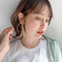 大人かわいい くびれボブ デジタルパーマ ミディアムレイヤー ヘアスタイルや髪型の写真・画像