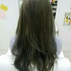 外国人風 イルミナカラー アッシュ ゆるふわ ヘアスタイルや髪型の写真・画像