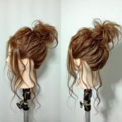 ナチュラル ヘアアレンジ お団子 セミロング ヘアスタイルや髪型の写真・画像