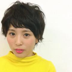 簡単 ショート ストレート ナチュラル ヘアスタイルや髪型の写真・画像