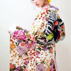 フェミニン 暗髪 ミディアム ヘアアレンジ ヘアスタイルや髪型の写真・画像
