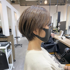 ショート ショートボブ 極細ハイライト ハイライト ヘアスタイルや髪型の写真・画像